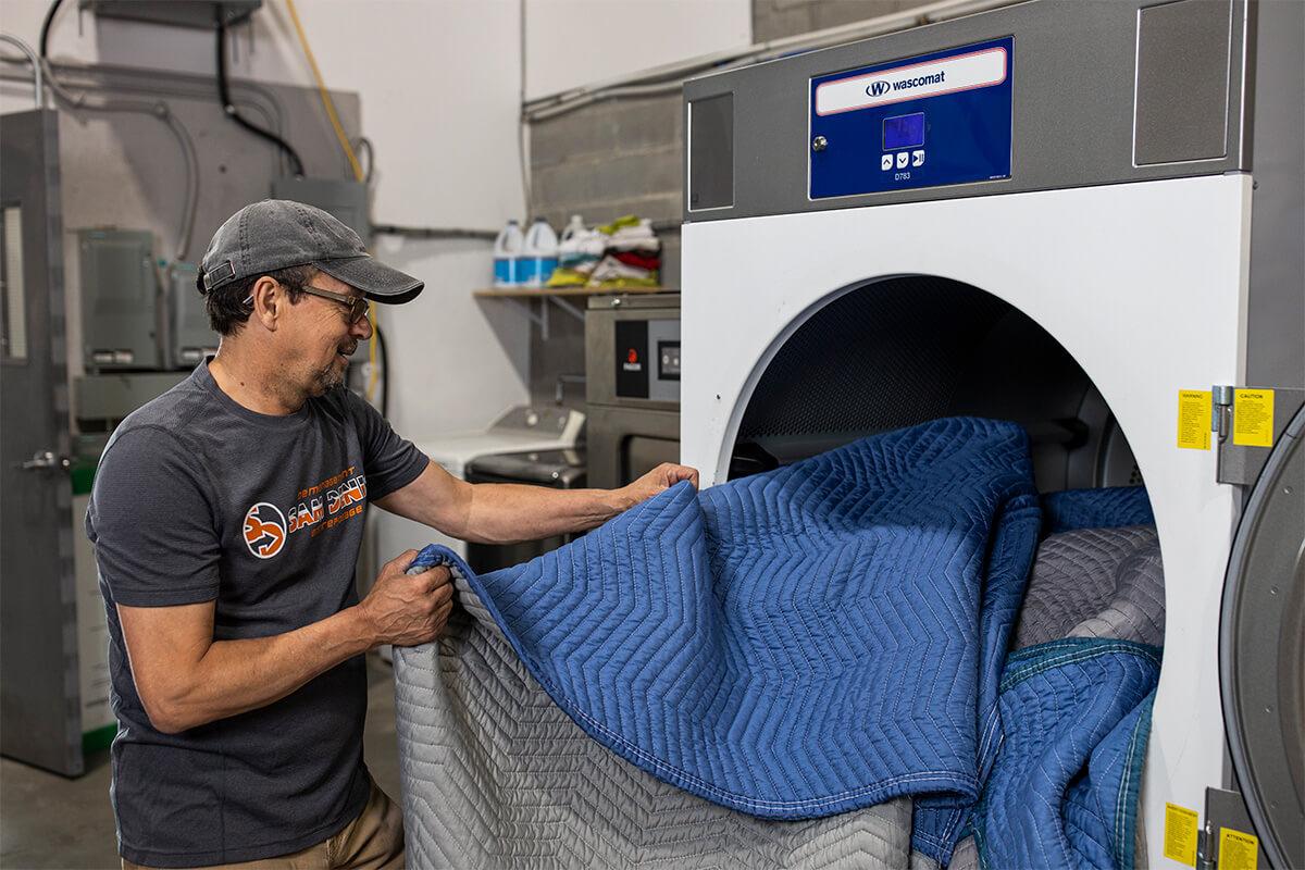 Nettoyage et désinfection - Déménagement Sam Denis - Chef de file dans l'industrie du déménagement dans la région de l'Estrie